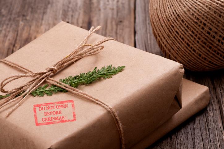 So kommen Päckchen pünktlich zu Weihnachten an.